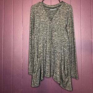 Maurices Size Small lightweight tunic